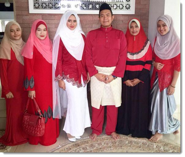 wedding reception red