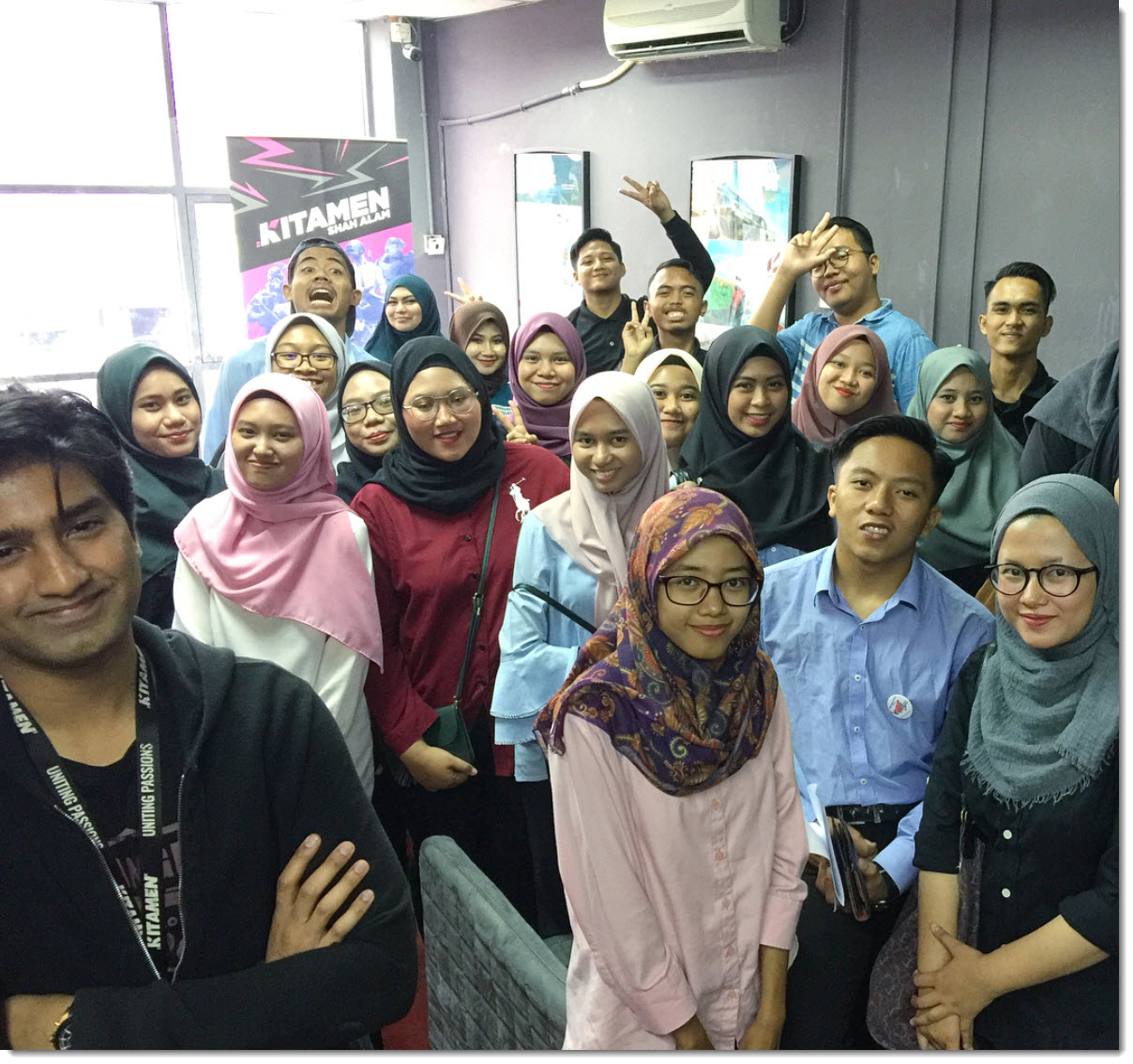riaz shah teaching students kitamen shah alam